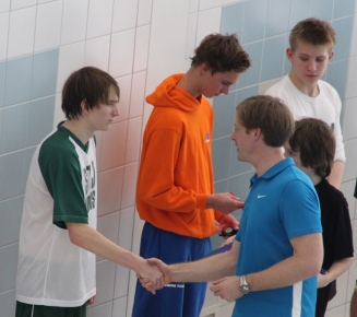 varsity-swimming-059